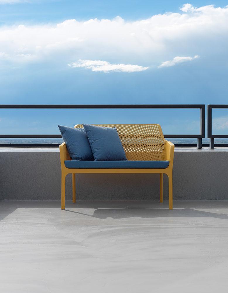 Panchine Da Esterno Design.Net Bench Panchina Da Esterno In Polipropilene Insedia Sedie