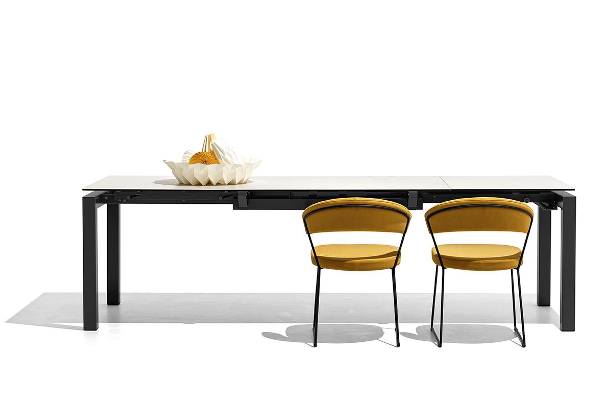 Airport Tavolo Connubia Allungabile In Metallo Con Piano In Ceramica O Vetro 130 X 90 Insedia It Sedie Tavoli E Arredamento Vendita Online